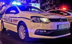 O tanara rapita din casa a sarit dintr-o masina in mers, intr-o intersectie, pentru a scapa