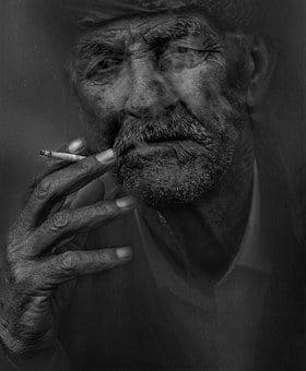 O tigara electronica autentica te poate scoate rapid din prizonieratul fumatului