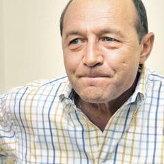 http://thumbs.ziare.com/O-zi-fara-Traian-Basescu--Opinii-/04452b0e96d064a60/240/0/1/70/O-zi-fara-Traian-Basescu--Opinii-.jpg