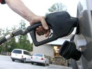OMV Petrom scumpeste din nou benzina (Video)