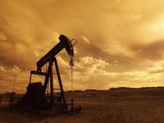 OPEC si Rusia, reducere record a productiei de petrol. Se asteapta dupa americani