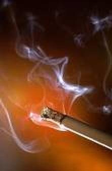 Oameni celebri si fumatul ca stil de viata (Galerie foto)
