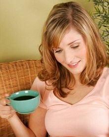 Oamenii care beau cafea si energizante pot deveni consumatori de droguri