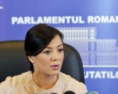 Oana Mizil: Opozitia trebuie sa stea in sala, nu la balcoane. Iau pe cineva langa mine