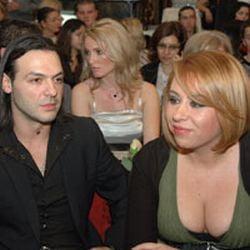Oana Roman s-a impacat cu stripperul Cornel Pasat