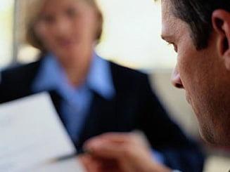 Obiceiuri care pot enerva angajatorii