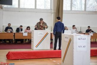 Observator la alegeri: Mult mai buna organizarea, a intrat frica in ei. Multi alegatori au votat si cu PSD, si cu ALDE si s-au anulat