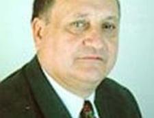 Octav Cozmanca aduna comunistii intr-un nou partid