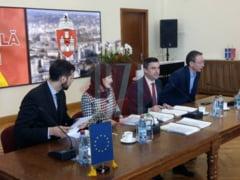Oficialitatile locale semneaza acordul de imprumut BERD, pentru autobuze noi - LIVE VIDEO