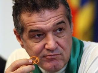 """Olandezii, socati de Gigi Becali: """"E rasist, homofob si a facut de ras o tara intreaga"""""""
