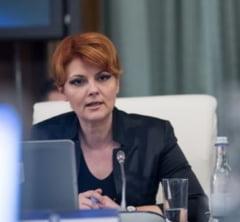 Olguta Vasilescu, dupa interzicerea evenimentelor cu peste 1.000 de oameni: Deci facem campanie electorala in familie...