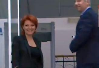 Olguta Vasilescu, primarul Craiovei, retinuta de DNA