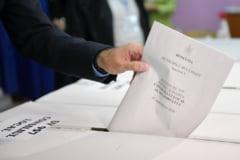Olt: Un barbat a stampilat si buletinele de vot ale concubinei sale, pentru ca ea nu stie sa citeasca