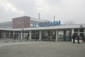 Oltchim vrea sa cumpere rafinaria Arpechim de la Petrom