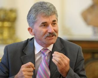 Oltean: PDL va face alianta in 2012 cu UDMR si Partida Rromilor