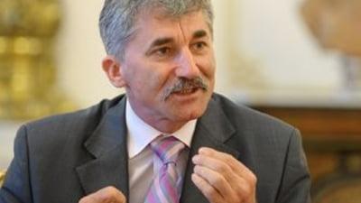 Oltean: Remanierea Guvernului ar putea imbunatati imaginea PDL