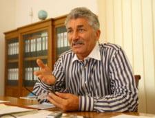 Oltean nu vede oportuna motiunea de cenzura: Preda o fi avut o pauza de campanie