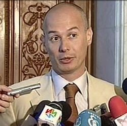 Olteanu: Basescu ataca doar cand ii sunt afectate interesele