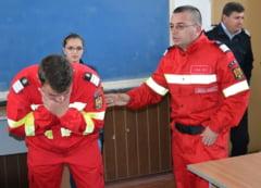 Oltenii care vor sa devina pompieri voluntari, chemati sa-si semneze contractele