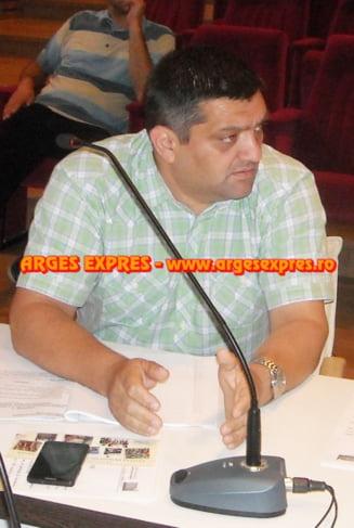 Om bogat, om sarac - in administratia municipala din Curtea de Arges (18)