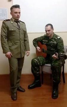Omagiu adus lui Mihai Eminescu de jandarmi si militari (Foto&Video)