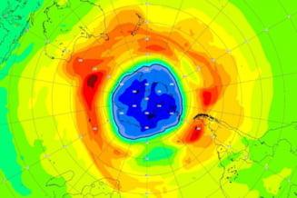 Omenirea în mare pericol, expusă la boli incurabile: Gaura de ozon gigantică, mai mare decât Antarctica VIDEO