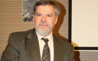 Omul care si-a dedicat viata matematicii. Prof. Gheorghe Stoianovici, magicianul cifrelor