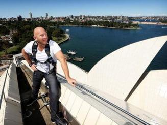 Opera din Sydney si-a scos la vanzare tiglele de pe acoperis