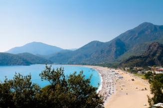 Operatorii din turism anunta reduceri de 30-35% la vacantele last minute in Turcia