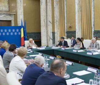 Opozitia negociaza motiunea de cenzura: Exista nemultumire in PSD, dar si teroare