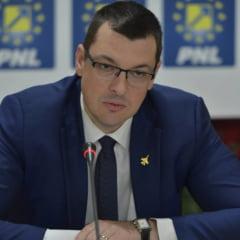 Opozitia reactioneaza la abuzurile Jandarmeriei de la Topoloveni: PNL spune ca incepe dictatura, USR pregateste plangeri penale
