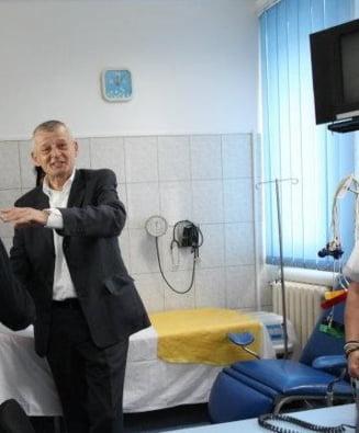 Oprescu, la spital: E supus unei interventii medicale la nivelul inimii