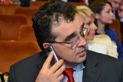 Oprisan: Ponta va ramane in fruntea PSD, daca nu se mai comporta ca Adrian Nastase