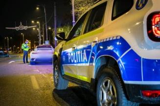Opt politisti din Bucuresti, retinuti pentru tortura si lipsire de libertate. Ororile la care au fost supusi doi tineri care le-au reprosat ca nu poarta masti