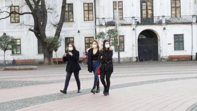 Orașul din România unde revine carantina de noapte. Se va ieși din casă doar cu adeverință, iar magazinele vor fi închise la 18.00