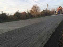 Oravita are drum beton. Optiunea administratiei locale este mai ieftina decat asfaltul si mult mai durabila