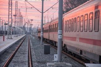 """Orban: Calea ferata a fost """"Cenusareasa"""" infrastructurii din Romania"""