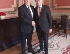 Orban a discutat cu Isarescu despre situatia economica a tarii. Intre timp, negociaza cu partidele noul guvern