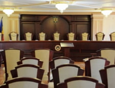 Orban solicita CCR sa astepte opiniile Comisiei de la Venetia pe Legile Justitiei si Codurile Penale