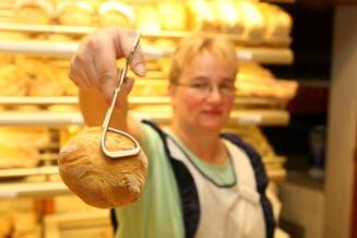 """Ordinul care interzice """"autoservirea"""" painii in magazinele din Romania. Proiectul, conceput de Protectia Consumatorilor"""