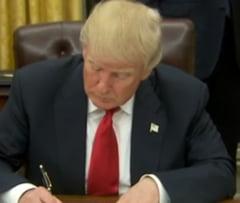 Ordinul lui Trump ii afecteaza si pe romani - conditii noi de aprobare a vizelor pentru SUA si se suspenda Visa Waiver