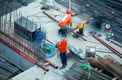 Ordonanță de Urgență adoptată de guvern pentru ajustarea contractelor de lucrări publice cu scumpirile materialelor de construcții