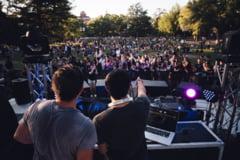 Organizarea in aer liber a evenimentelor culturale cu peste 1.000 de spectatori, permisa in Bucuresti