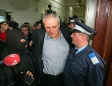 Ovidiu Tender, ridicat de politisti de acasa si dus la inchisoare