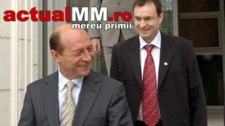 PANICA LA SRI! - Traian Basescu ar fi plecat cu 50 de dosare grele ale DNA, care i-au fost prezentate de generalul Coldea!