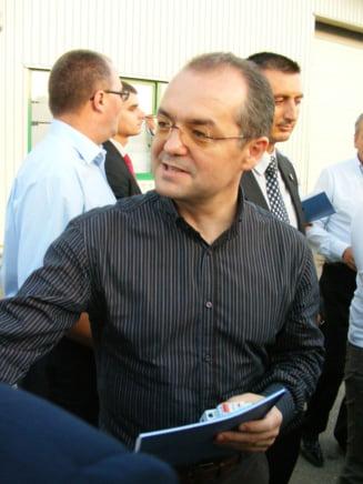 PC: Emil Boc ar trebui sa aiba demnitatea sa isi prezinte singur demisia