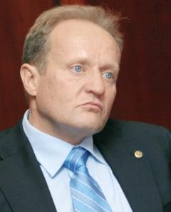 "PCC: ""Dupa conversia creantei AVAS, Oltchim ramane dator 600 milioane de euro"""