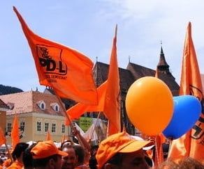 PDL cheama mii de oameni la un miting anti-USL, joi, in Piata Revolutiei