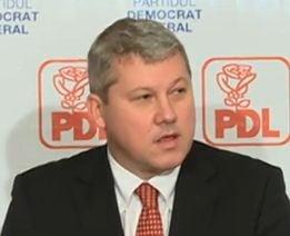 PDL ii cere lui Basescu sa rupa pactul de coabitare: Ponta da incredere infractorilor