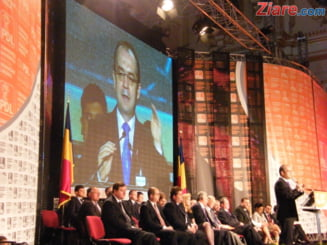 PDL il lasa singur pe Traian Basescu (Opinii)
